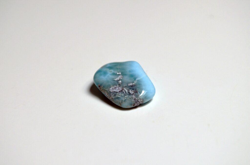 piedra larimar