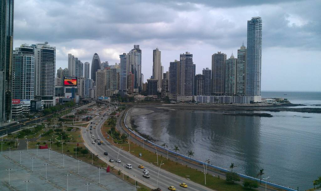 PCR tests in Panama City