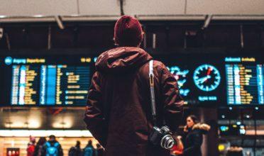 16 Airport Hacks
